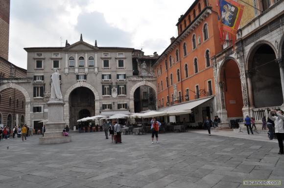 La ville est d'art et d'histoire, d'évènements et de mouvements, de rencontres et d'échanges.