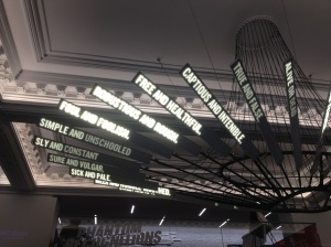 The sculptures generates automatically association of words extracted from Shakespeare's plays.